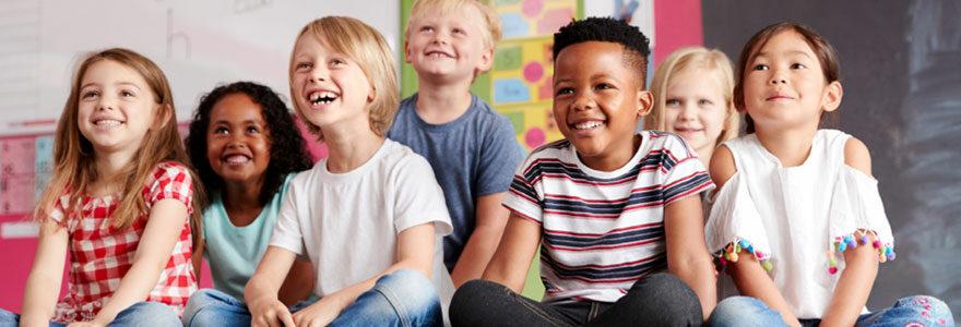 Souscrire à une assurance scolaire ou extrascolaire pour ses enfants
